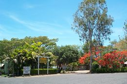 Mareeba Riverside Caravan Park - Byron Bay Accommodations