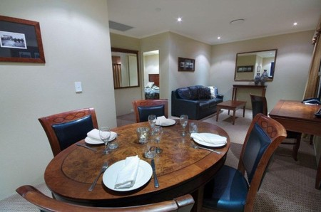 Quality Hotel Powerhouse - Byron Bay Accommodations