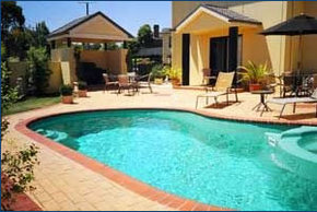 Hopkins House Motel  Apartments - Byron Bay Accommodations