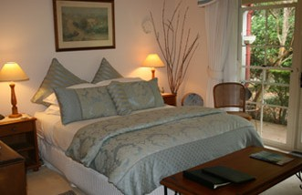 Noosa Valley Manor - Bed And Breakfast - Byron Bay Accommodations