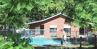Glass House Mountains Holiday Village - Byron Bay Accommodations