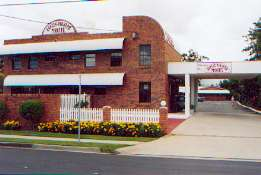 Aspley Pioneer Motel - Byron Bay Accommodations