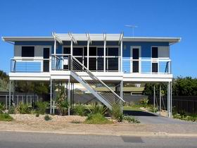 Port Willunga Blue - Byron Bay Accommodations
