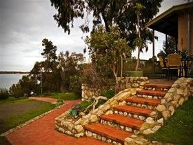 Ulonga Lodge - Byron Bay Accommodations