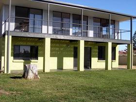Sea Lime Beach House - Byron Bay Accommodations