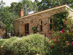 The Heritage Garden - Byron Bay Accommodations