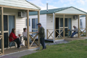 Discovery Holiday Parks Devonport Cosy Cabins - Byron Bay Accommodations