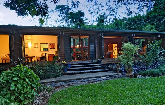 Cow Bay Homestay Bed and Breakfast - Byron Bay Accommodations