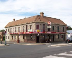 Cooma Hotel - Byron Bay Accommodations