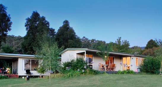 Queens Cottage - Byron Bay Accommodations