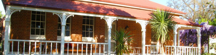 Araluen Old Courthouse Bed and Breakfast - Byron Bay Accommodations
