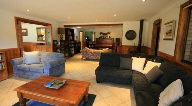 Adams Peak Retreat - Byron Bay Accommodations