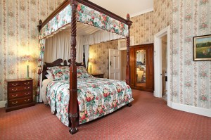 The Old George And Dragon Guesthouse - Byron Bay Accommodations