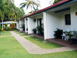Sunlover Lodge Holiday Units and Cabins - Byron Bay Accommodations
