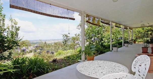 Bed and Breakfast at Wallaby Ridge - Byron Bay Accommodations