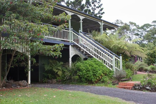 The Cottage at The Sanctuary Bed and Breakfast - Byron Bay Accommodations