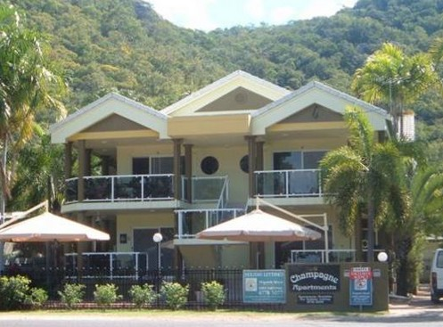 Champagne Apartments - Byron Bay Accommodations