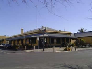 Woolshed Inn Hotel - Byron Bay Accommodations