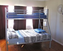 Surf N Sun Beachside Backpackers - Byron Bay Accommodations
