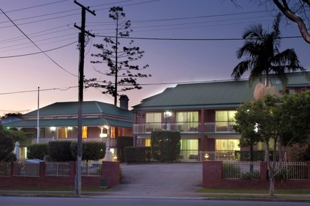 Aabon Holiday Apartments  Motel - Byron Bay Accommodations