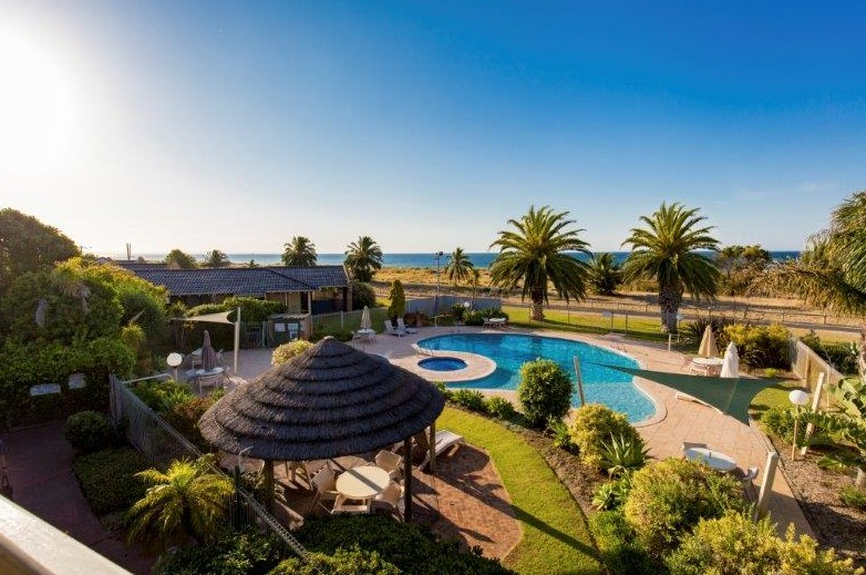 Busselton Beach Resort - Byron Bay Accommodations