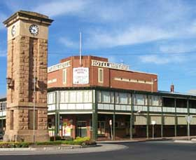 Imperial Hotel Coonabarabran - Byron Bay Accommodations