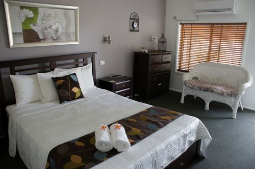 Riverside Motel Karuah  - Byron Bay Accommodations