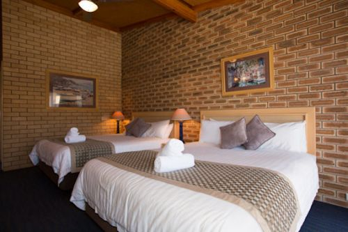 The Town House Motor Inn - Sundowner Goondiwindi - Byron Bay Accommodations