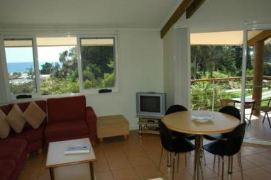 Tathra Beach House Apartments - Byron Bay Accommodations