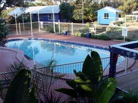 Aldinga Beach Cabins - Byron Bay Accommodations