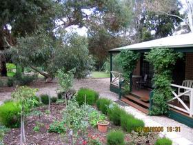 Barossa Country Cottages - Byron Bay Accommodations