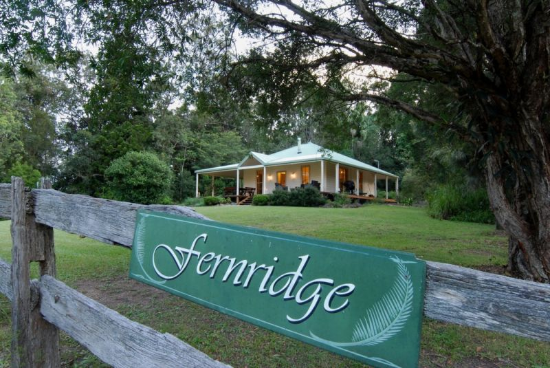 Fernridge Farm Cottage - Byron Bay Accommodations