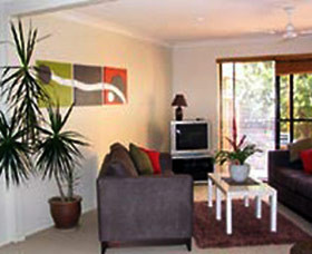 Beachside Apartments - Byron Bay Accommodations