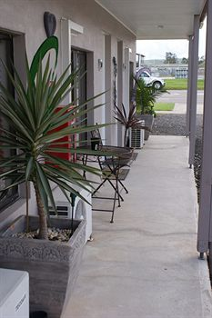 Riverside Motel - Byron Bay Accommodations