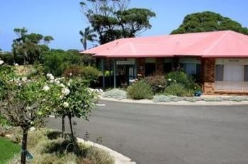 Kings Point Retreat - Byron Bay Accommodations