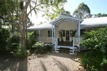 Noosa Country House - Byron Bay Accommodations