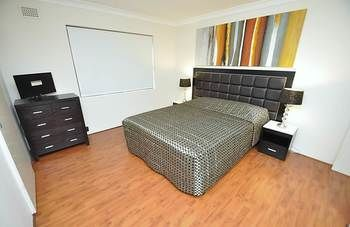 Balmain 3 Mont Furnished Apartment - Byron Bay Accommodations
