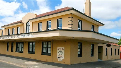 Grand Central Accommodation BB Cobden - Byron Bay Accommodations