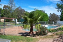 Lake Burrinjuck Leisure Resort - Byron Bay Accommodations