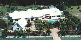 Ninderry Manor - Byron Bay Accommodations