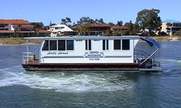 Dolphin Houseboat Holidays - Byron Bay Accommodations