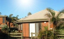 Split Solitary Apartment - Byron Bay Accommodations