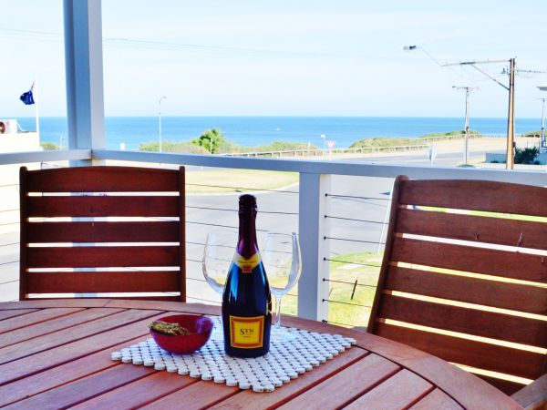 Century 21 SouthCoast Bayside - Byron Bay Accommodations