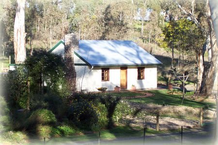 The Woodmans Cottage - Byron Bay Accommodations
