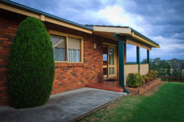 Camden Hillview - Byron Bay Accommodations