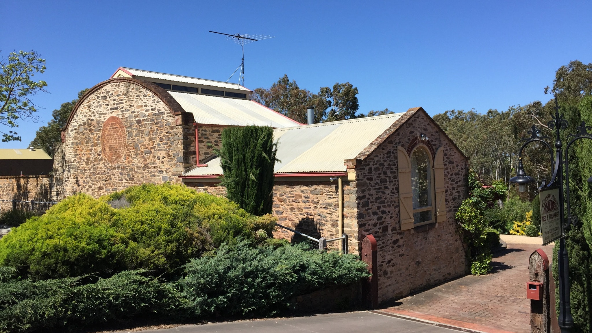 Gasworks Cottages Strathalbyn - Byron Bay Accommodations