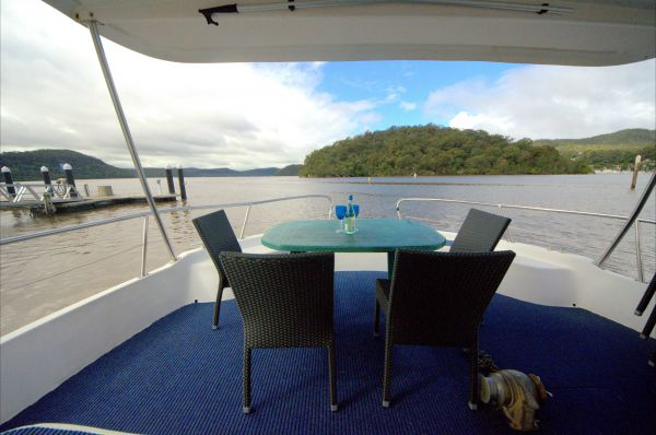 Luxury Afloat Hawkesbury River and Brooklyn - Byron Bay Accommodations