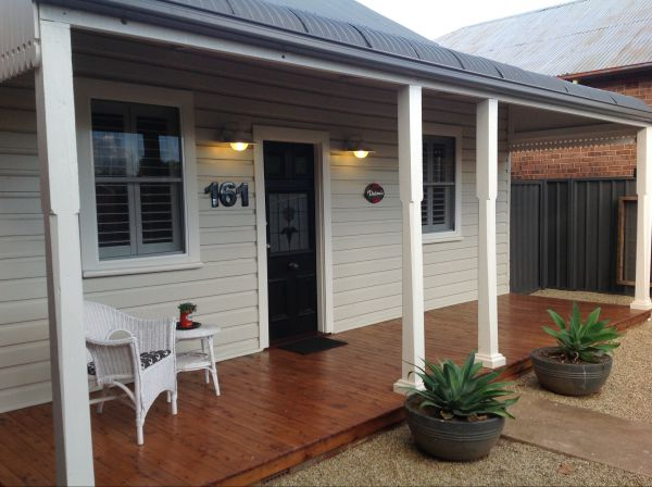 Thelma's Temora - Byron Bay Accommodations
