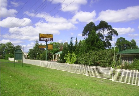 Camden Country Club Motel - Byron Bay Accommodations