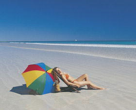 Cable Beach - Byron Bay Accommodations